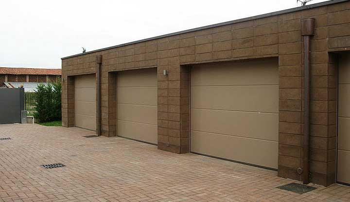 Ремонт подъемно поворотных гаражных ворот Hormann